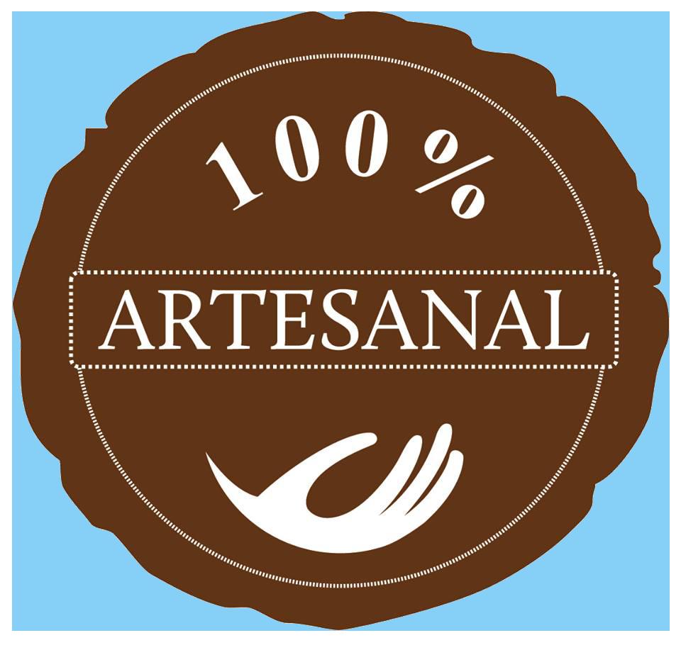 Fabricación de hornos de barro 100% artesanal.