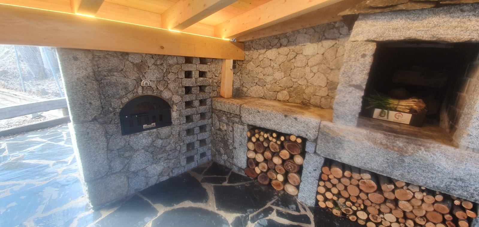 Montaje de horno de leña en Alpuente - Valencia