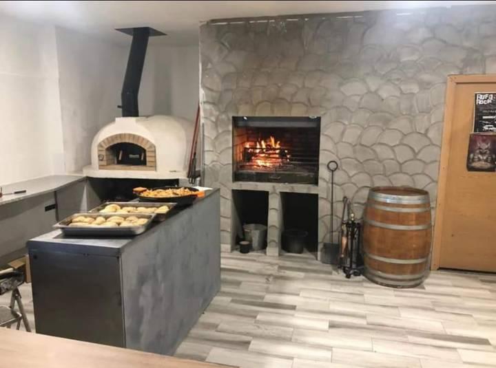 Hornos de leña para restauramtes, pizzerias y asadores